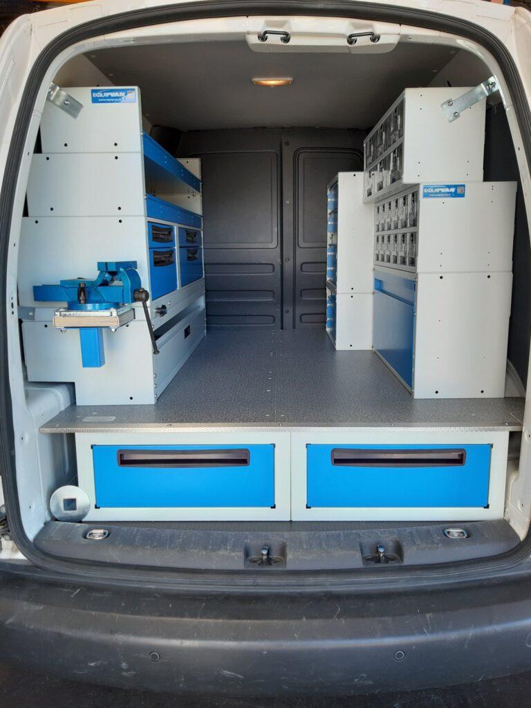 Aménagement du 1er véhicule N.Q.S par la société EQUIPVAN à Saint-Etienne (3)
