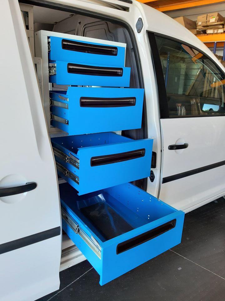 Aménagement du 1er véhicule N.Q.S par la société EQUIPVAN à Saint-Etienne (2)